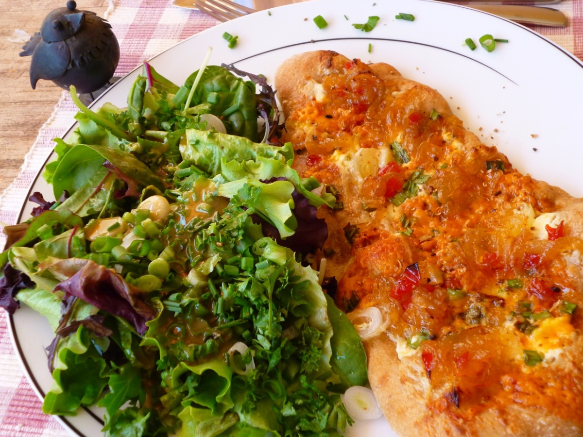 Schwenglisch in 3 Courses- Shropshire & Onion Jam Dinette
