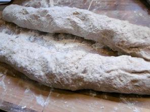 Toastbrot-Teig in der Formung