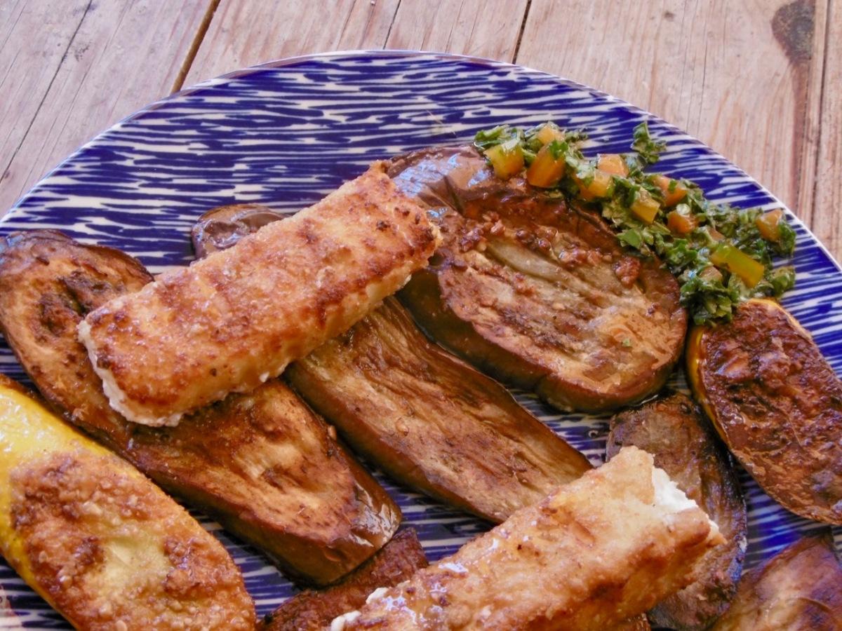 Gebacken: Auberginen, Zucchini, Feta