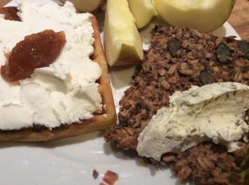 Hamsterknäckebrot-Frühstück